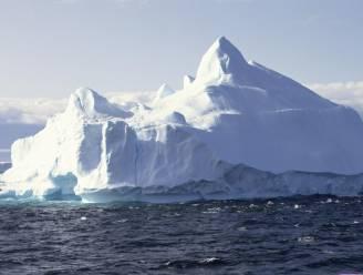 IJsberg twee keer zo groot als Luxemburg op drift