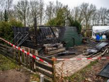 Campingbewoners in shock na dodelijke brand in Lieren waarbij Eerbeekse (54) om het leven komt