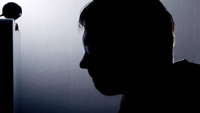 'Moraalridder' Rob (44) uit Apeldoorn vergeet met jong meisje in schaftkeet ineens zijn 'goede bedoelingen'