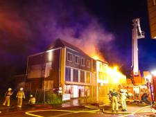 Drie minderjarige jongens aangehouden voor verwoestende brand in leegstaande winkel in Haaksbergen