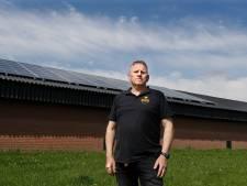 Boer Leo heeft 500 zonnepanelen op zijn dak maar mag geen stroom terug leveren