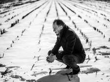 Maarten Corbijn na 40 jaar fotografie nog steeds onzeker: 'Ik ben nou eenmaal zo bescheiden opgevoed'