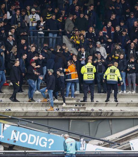 Une tribune s'effondre sous le poids des supporters aux Pays-Bas