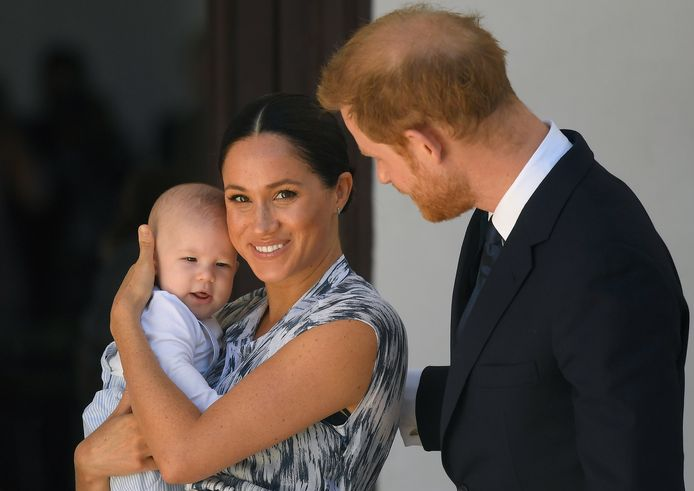 Meghan Markle en prins Harry met hun zoontje Archie.