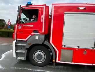Brandweer ruimt oliespoor op Wichelsesteenweg