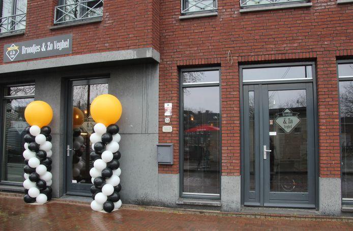 De broodjeszaak zit in het nieuwe gedeelte aan het Heilig Hartplein in Veghel.