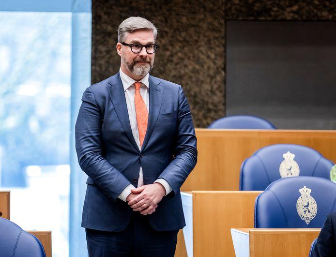 Sidney Smeets (D66) tijdens de beëdiging als lid van de Tweede Kamer.