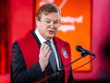 Zeldzaam hoge koninklijke onderscheiding voor Eindhovenaar Feike Sijbesma; in rijtje met 'Meneer Frits'