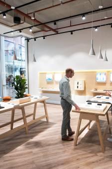 Nieuwe winkel met 'gezondere sigaret' vestigt zich in Hoog Catharijne