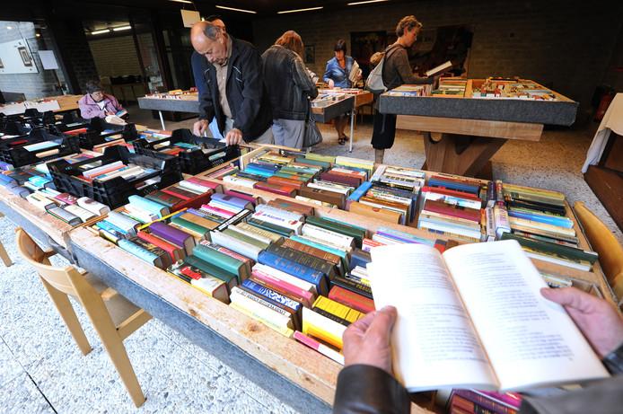 Eerdere boekenmarkten in Pauluskerk