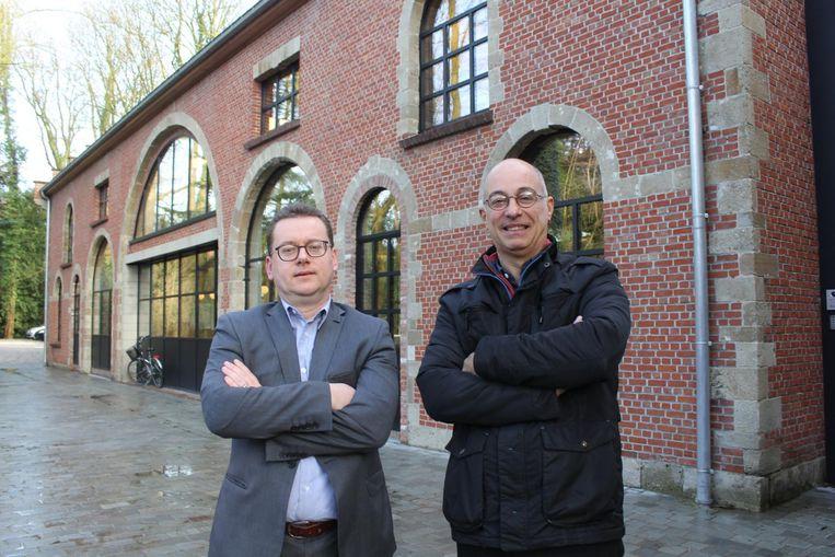 Geert Van Peteghem van Moore Stephens en Peter De Winne.