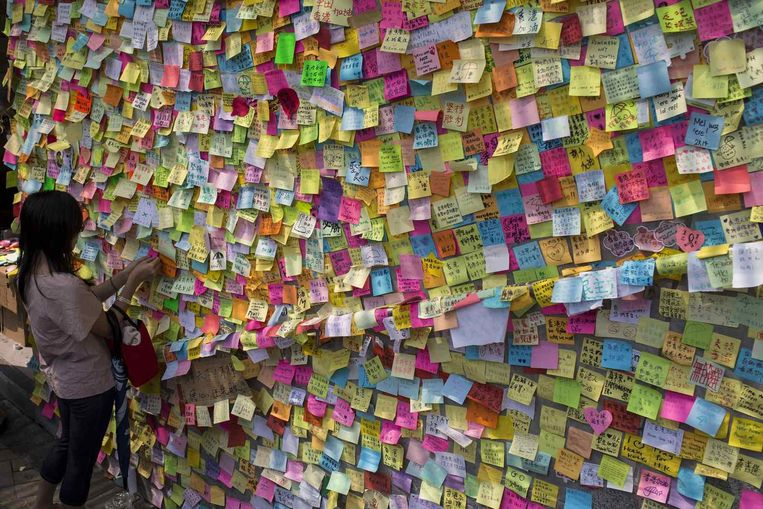 Steunbetuigingen aan de pro-democratieprotesten in Hongkong. Beeld reuters