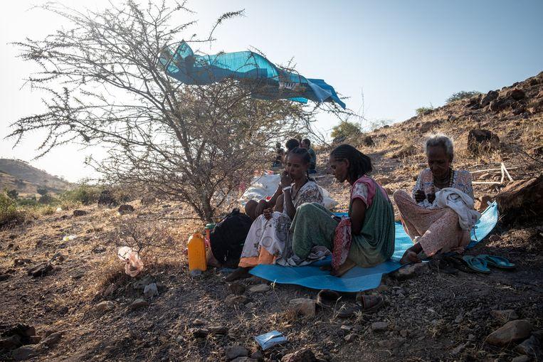 In vluchtelingenkamp Um Rakuba in Soedan. Verderop, over de grens, wordt een bittere strijd gevoerd. Beeld Joost Bastmeijer