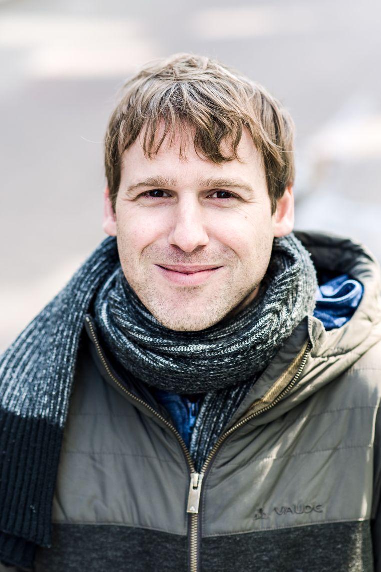 Thomas Blommaert schreef het boek 'Asterix aan de Schelde' over de spanningen tussen het stadsbestuur en het districtsbestuur. Beeld Tine Schoemaker
