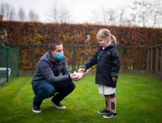 Duiven en duiveneieren geveild voor Collette (5), een meisje met hersenverlamming