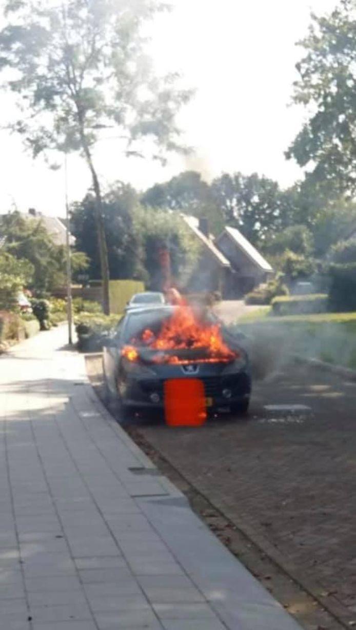 De autobrand van maandagmiddag in Terwolde