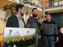 Pieter Siroen (rechts) van D66 wil dat in Meierijstad veel meer zonnepanelen op daken van bedrijven komen.