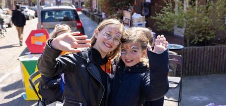 Mini-vrijmarkt op Koningsdag in Kampen versterkt banden in buurt: 'We kunnen nergens heen'