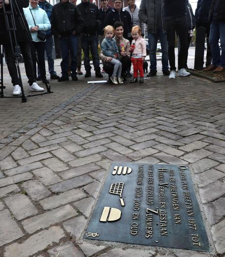 Fritesbakker Henny Vermeulen zelf niet aanwezig bij onthulling plaquette in Someren