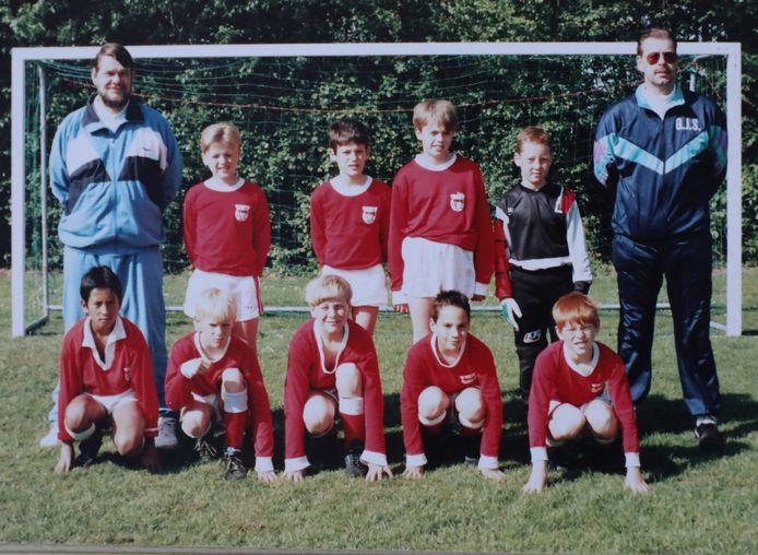 GJS E1 in het seizoen 1988-1989, met op de onderste rij in het midden Ruud Bos.