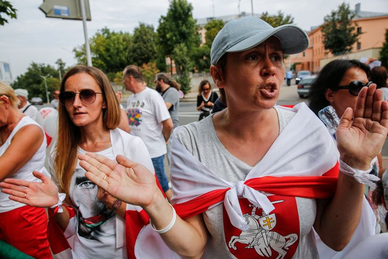 Burgerprotest in Minsk.  Beeld EPA