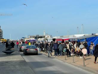 Eerste lentezon lokt heel wat volk naar zee, burgemeester Tommelein roept op om stadscentrum Oostende zondag te vermijden