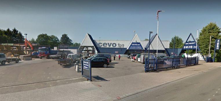 Bouwmarkt Cevo is gelegen aan de Meulemanslaan in Tongerlo.