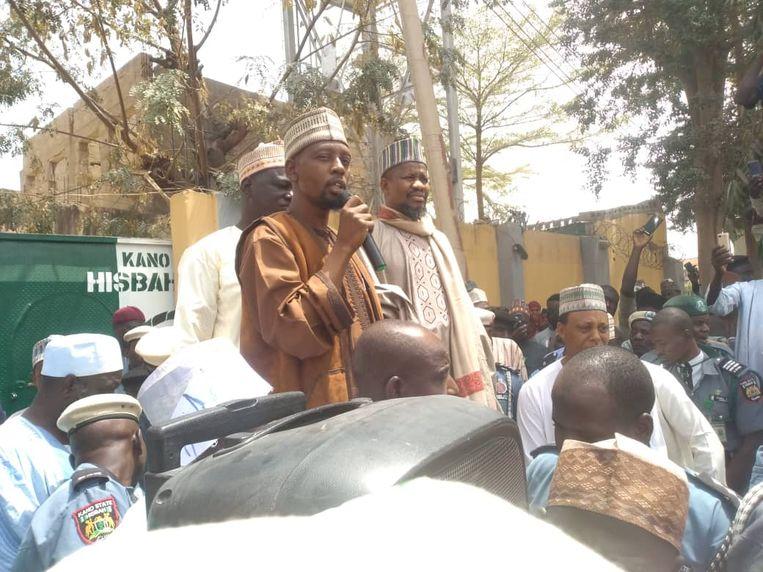 Demonstranten roepen op tot actie jegens Yahaya Sharif-Aminu.    Beeld Idris Ibrahim