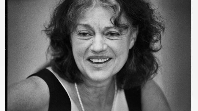 Zelfs de koning vond haar een pionier: Gents theatericoon Eva Bal (82) overleden