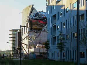 Effondrement d'un bâtiment à Anvers: une cinquième victime, le Roi s'est rendu sur le site
