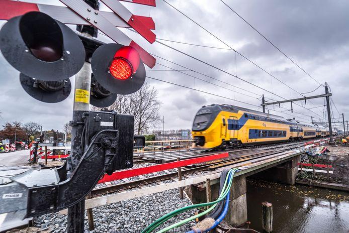 Prorail over de plannen met het NS stations Delft Zuid (Campus) en Delft CS.