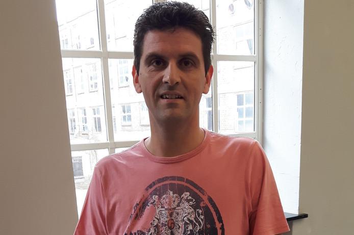 Wouter Smetsers (40) uit Oisterwijk veroverde zaterdagmiddag de tweede plaats bij de finale om de titel beste volkorenmeelbroodbakker van Nederland