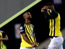 Letsch terug naar de tekentafel na nieuwe sof Vitesse: 'Dit voetbal straalt in niets onze ambities uit'