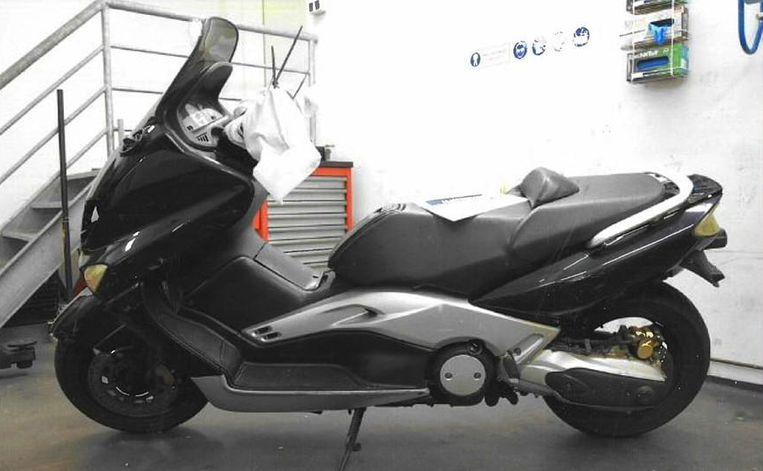 Scooter die is gebruikt op 25 oktober. Beeld Politie Amsterdam