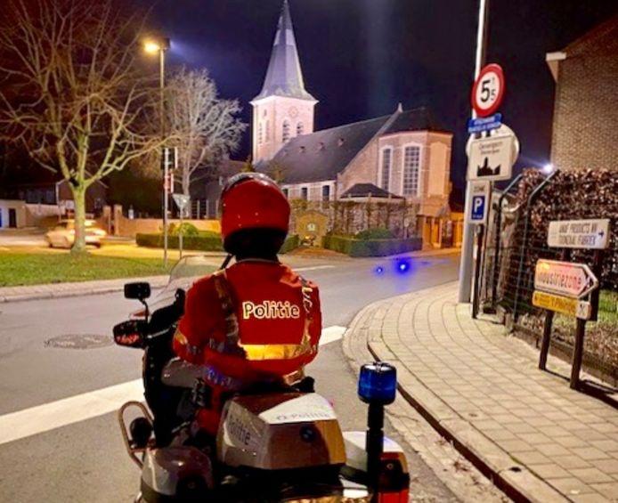 De politie van de zone MIDOW organiseerde een avondlijke controleactie in Meulebeke, Oostrozebeke en Ingelmunster.