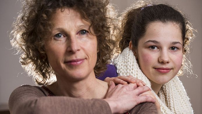 Diede Salters en haar moeder Marion Erkelens.