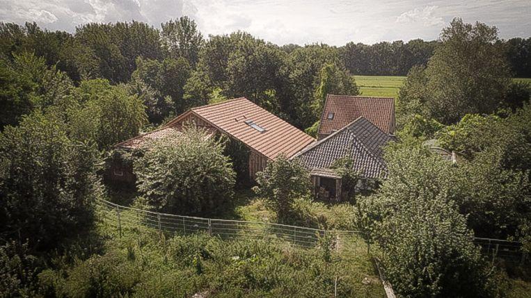 Het huis van de familie Van D. in Ruinerwold. Beeld uit de documentaire 'De kinderen van Ruinerwold' van documentairemaakster Jessica Villerius. Beeld BNNVARA