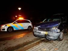 2 auto's total loss bij ongeluk in Escharen