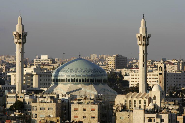De King Abdullah-moskee in Amman. Ondanks de pro-westerse politiek in het land zijn veel delen van Jordanië op sociaal gebied wel conservatief. Beeld Van Parys