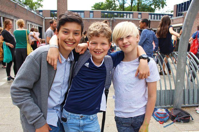 Jacob (links), met zijn vrienden Hente en Quinn