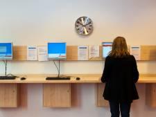 FNV richt pijlen op bedrijven als Philips: 'Ze houden uitzendkrachten aan het lijntje'