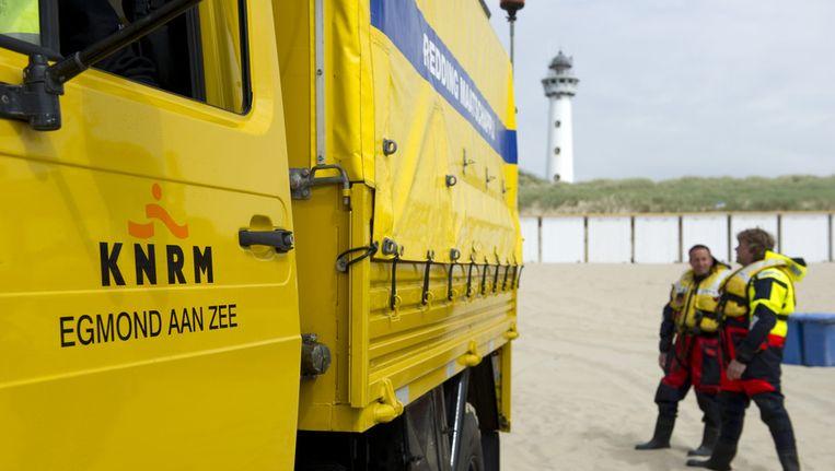 De KNRM op het strand bij Egmond aan Zee Beeld ANP