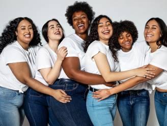 Denimconsultant deelt haar ultieme trucs om online de perfecte jeansbroek te kopen