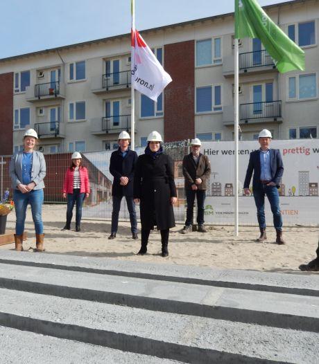 Woonbron bouwt 46 'prefab-huizen' in het Heilige Land in Delft