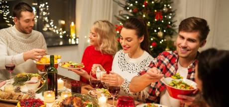 Deux invités supplémentaires à Noël: le scénario le plus raisonnable?