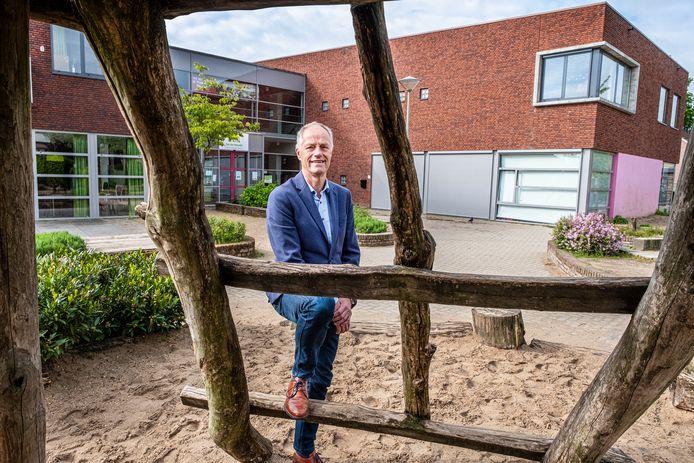 Eugene Janssen bij Voorzieningenhart Op de Heuvel in Groesbeek.