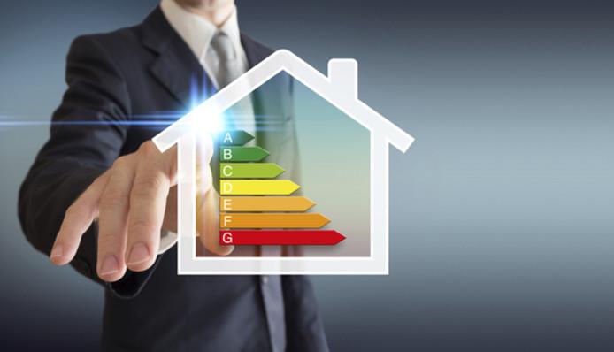 Financieel zwakkere huishoudens hebben vaker een woning met een slechter energielabel .