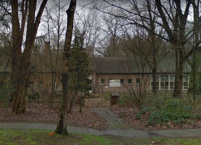 Het bijgebouw van het Maaswaal College aan de Leemweg in Wijchen.