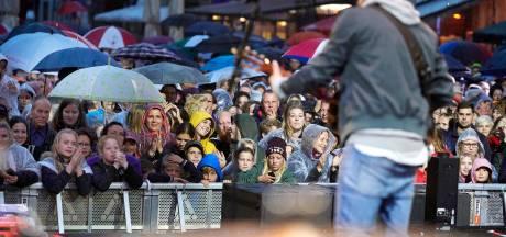 Rooskleurig Festival hoopt op festivalzomer en start kaartverkoop opnieuw op: 'Wij geloven er weer in'