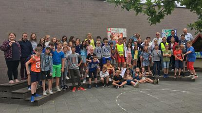 Leerlingen Klim Op leggen voetgangers- en fietsexamen af